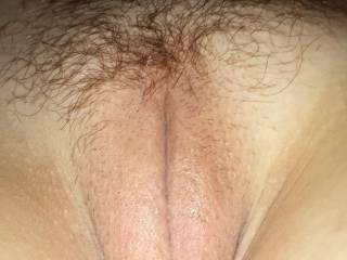 Nothing sweeter than a smooth wet pussy. Yummy view Jenna.