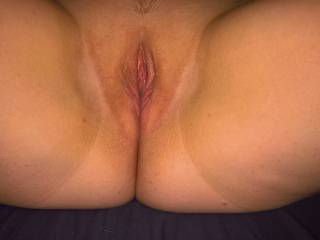 Newly shaved pussy. Smooth and tasty :-)