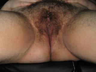 oh yes, love your hairy cunt and hairy thighs, mmm i woul love to fuck lick and fuk your hairy pussy and cum all over your natural unshaved areas