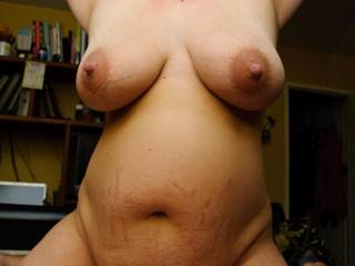 i'd love to suck on those big nipples