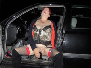 Hi well it happened again, once I hit that magic spot bam I came hard. dirty comments welcome mature couple