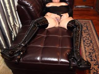 Black Fuck Me Boots & Smooth Spread Pink Pussy!