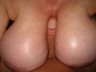 I love showing Kendall\'s huge tits. I love showing her squeezing my cock between her tits. What do you think of her massive tits?
