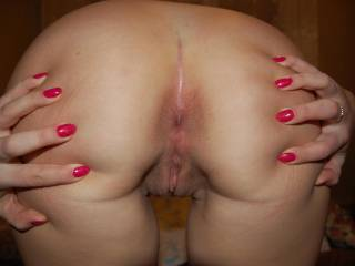 Very inviting! Those engaging nails makes your sweet curvaceous ass and moist puffy honeypot all the more seductive! Yum!