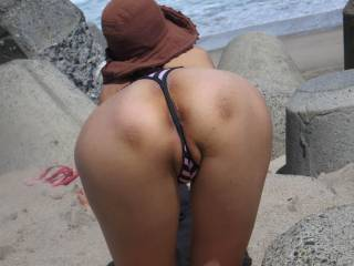 That is so F'in horny!!! Love to lick and fuck that sweet ass!!!!