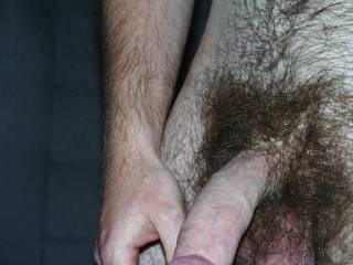 That big hairy cock and balls would feel solo good rubbing up against mine. 😜