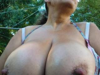 I love your photos, six wonderful one, a lot sexy, your sublime body thanks for the pleasure that mine you have given,   You have a lovely body, with yours breasts and pussy looking so  touchable!  I watching your photos. You are wonderful.