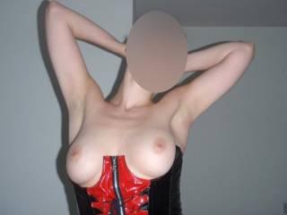 wow BRAVO its a beautiful pic! ;-)  ... kiss on ur nipples ;-*