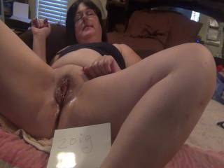 look a what 'lovewomen did for me guys!!!! http://www.zoig.com/play/6555375-mastrubating can you cum that  much?