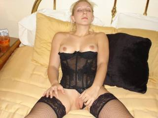 do u like me in black? cum get this pussy