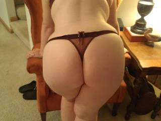 Me and my wife would love to eat that beautiful pussy and ass.
