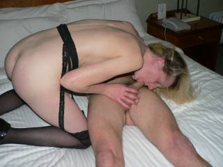 mmm she is giving him a good suck