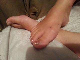 Would love to rub them for you...not to mention kiss, lick, suck and worship every inch ;) Gorgeous!!