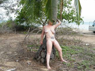 Fuck help me quick i think this palm is going to fall down!!!!!!!!