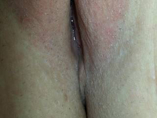 Mmmmm,i would love to lick that pussy for hours