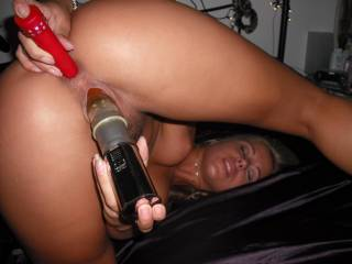 Nikki got so turned on she just needed some hard cock!