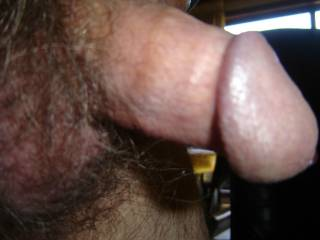 its coming out, not i just need it to cum in my mouth