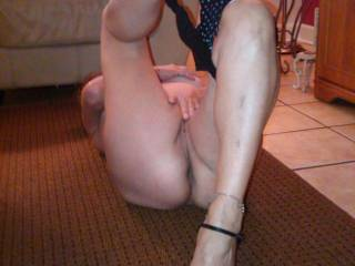 i want to remove your shoes... spread your legs,,, since my cock deep into your pussy n suck your toes as i fuk u deep n hard