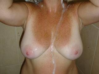 Very pretty! The tan lines looh great!!