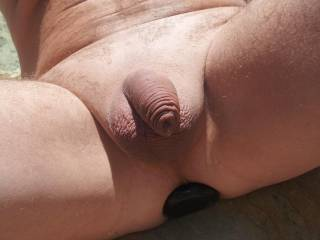 mmmmmmmmmmmm love to suck your shaved cock