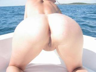 pussy on board II - a closer shot of my ass in the sun