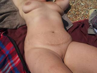 mmmmmmm love to eat her as your fucking me