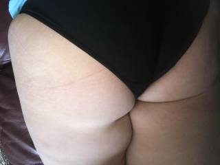 Wouldn't you like to pull my panties to the side then ran your hard cock into my tight asshole!