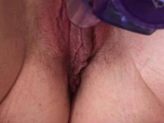Masturbates and squirts all over