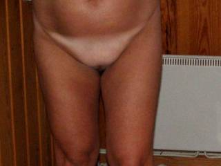 mmmm love the tan lines wish i was sucking that untaned pussy right now