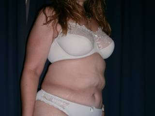not chubby just right now thats a real womans body  i gotta jack off to that