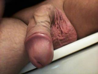 i sure would luv to suck your cock hard mmm--swallow that big cock-head :)