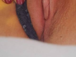 New fuck friend showing off her pussy...