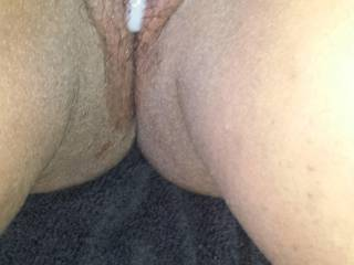 Leaking cum 1