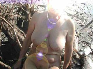 Wow hot shot. Nice tits. And there is something about your pearl necklace that makes your nudity really sexy. Love to give you another pearl necklace.