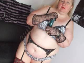 Just love seeing aunty in her sexy lingerie