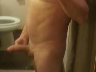 does anybody like to suck uncut white cock for fun