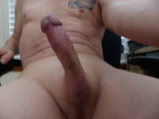 now thats  a cock i would love to deep throat as my wife rides your face swallowing all your load
