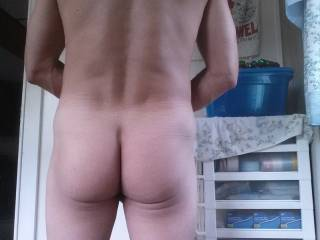 Your ass makes that tan line look very good. Nice cheeks! Thanks.