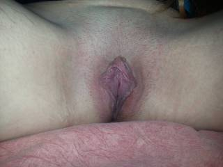 Big juicy lips!! Love spreading these!!