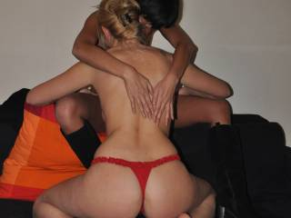 I bet you all had great fun, thats very sexy! What a gorgeous ass