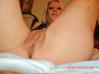 I love your Pic!!! and I would love to bury my tongue in your Pussy untill you cummmmmm all over my face!!!!