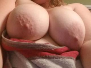 Just got out of the shower and was thinking of the cum I just washed off.
