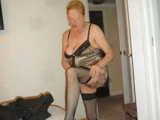 hi all I do get turned on dressing for dirty sex dirty comments welcome mature couple