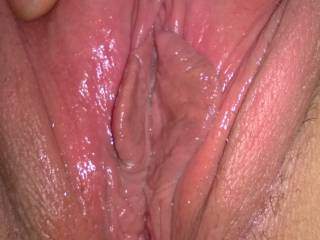 Very very nice, would love to see my partner licking and teasing your sweet pussy, nice lip .....😋