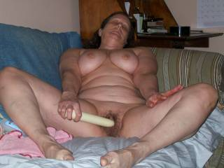 wife nude for me