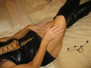 VERY VERY SEXXY!!! SOO DAMM HOTT!!!  LOVE TO SEE THE HOTT GODDESS STANDING IN HER BOOTS AND SEXXY DRESS!!!