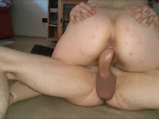 Nadja sits on his big cock and rides him hard. So wild that it thereby gets an orgasm.