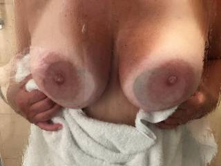 Love her tits pressed up against the glass hotel  shower