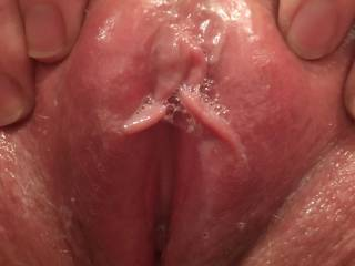 Horny in the bath - Lick me....