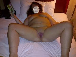 doesn\'t her pussy look inviting?